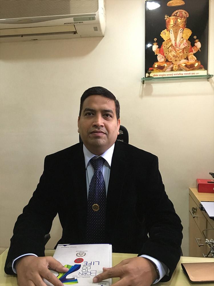Mr. Girish Popatlal Parekh
